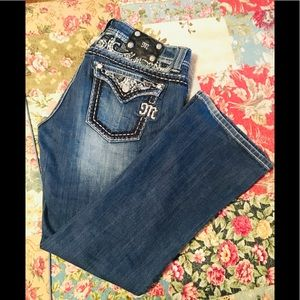 Miss Me jeans LNC size 31 easy boot